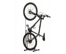 Drie in een fietsstandaard – fiets opbergen – fietsopbergsysteem voor racefiets en mountainbike.